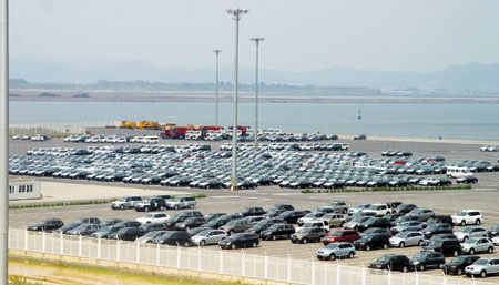 大连保税区汽车码头 未来国际能源港汽车城 图高清图片