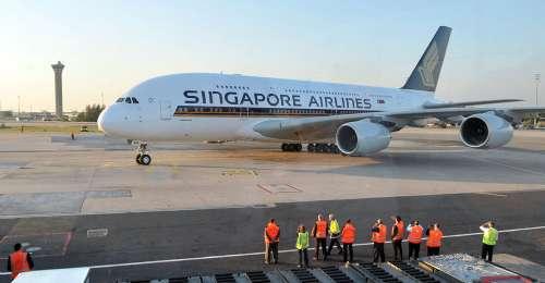 新加坡航空A380首航巴黎 图