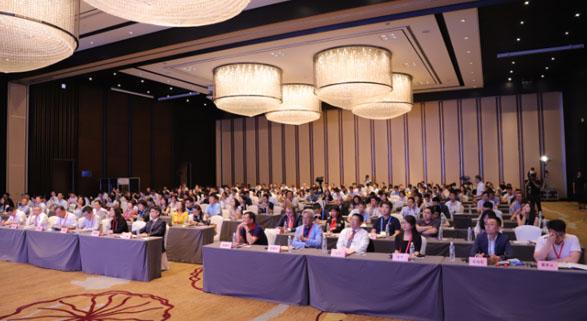 第一届国际物流企业峰会隆重举行