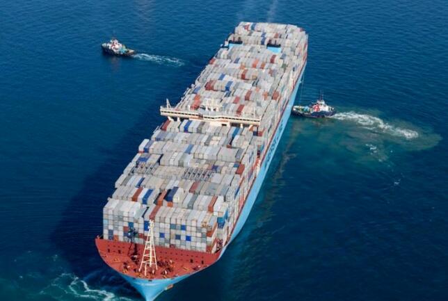 停!不!下!全球港口大擁堵,一個接一個中招!...多米諾骨牌,倒下了!(附圖)